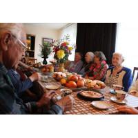 Что приготовить пожилому человеку на Новогодний стол